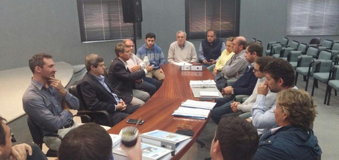 Se entregaron los proyectos de saneamiento integral del Río Uruguay