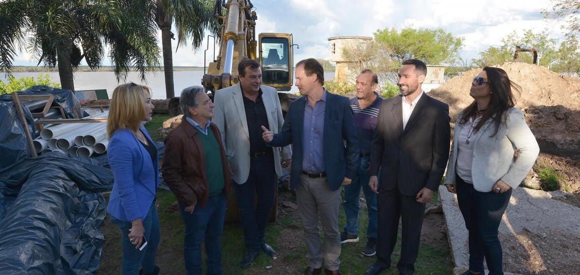 El gobierno provincial ejecuta 13 obras de agua potable y saneamiento por más de 1.000 millones de pesos