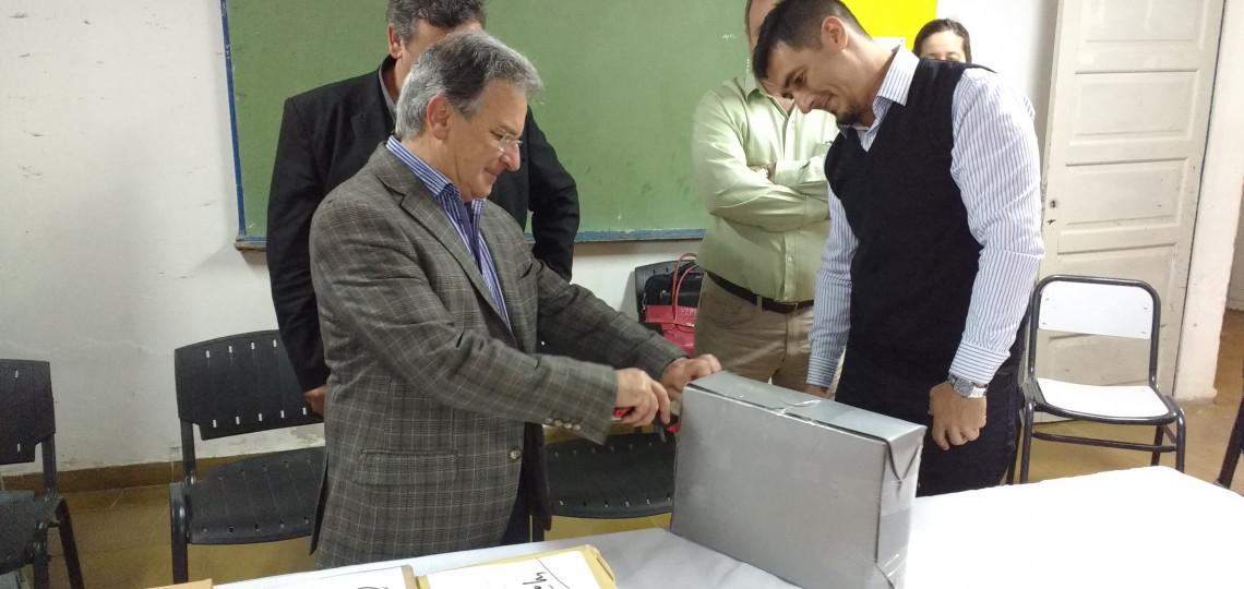 El gobierno provincial licitó la nueva red cloacal para El Pingo en el departamento Paraná