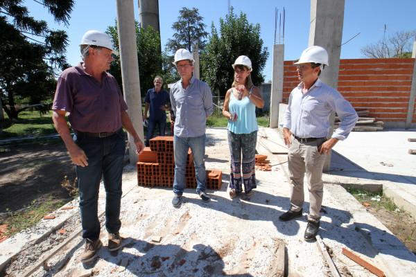 Buen ritmo en los trabajos del nuevo edificio de la escuela secundaria de Enrique Carbó