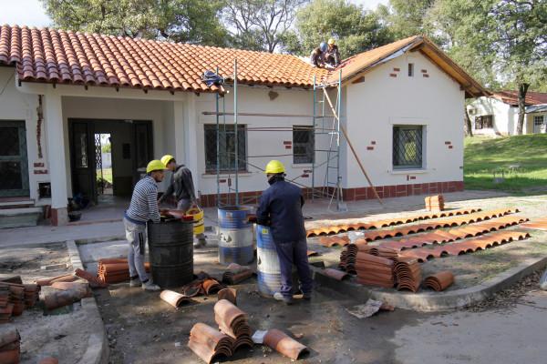La remodelación de la antigua vivienda del director en el Complejo Escuela Hogar presenta un 75 por ciento de avance