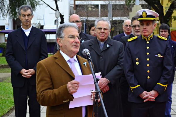 El gobierno provincial conmemoró el aniversario de la Independencia con actos oficiales en Concordia