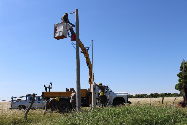 Se planifica la infraestructura eléctrica en zonas rurales