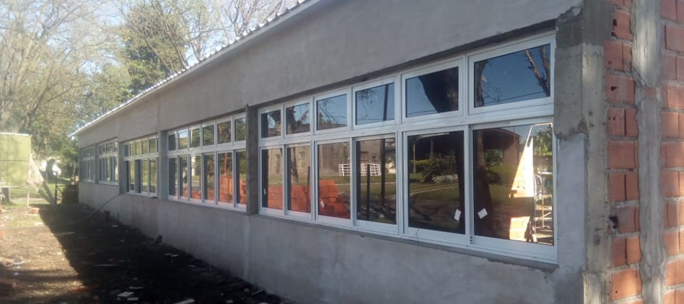 El gobierno provincial avanza con obras de infraestructura escolar en Paraná Campaña