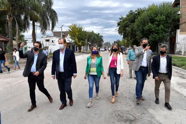 Bordet recorrió obras de gas natural y viales en Paraná